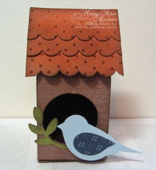 Birdhouse closed