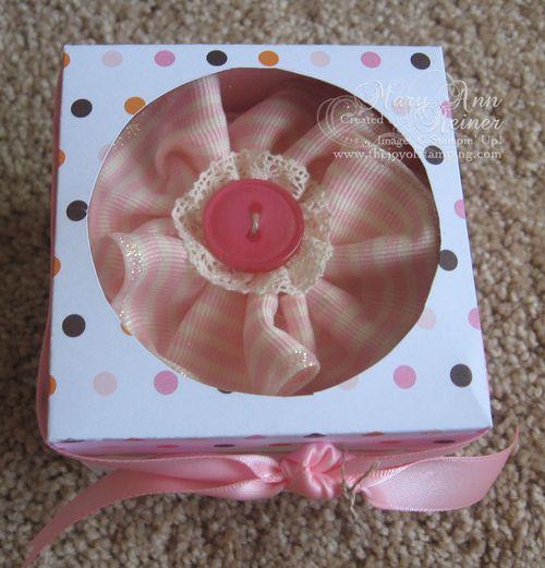 Cupcake box top